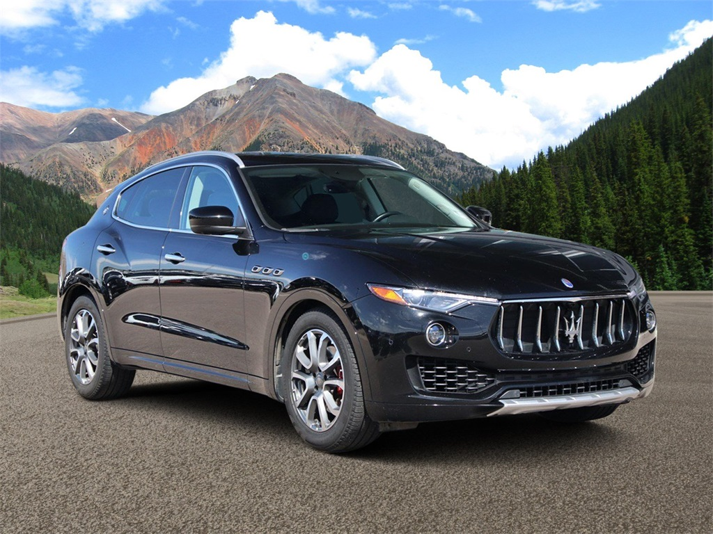 Certified Pre-Owned 2017 Maserati Levante Lusso